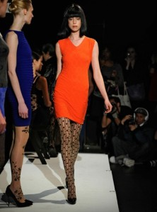 squared-optical-tights-catwalk